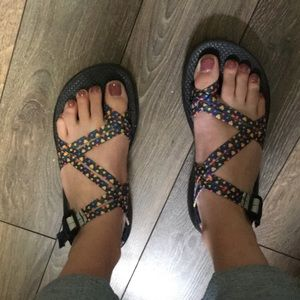 Women's Chaco Sandals Size 8M (Custom Design)